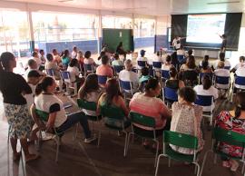 Projeto faz de universitários multiplicadores na prevenção contra a dengue