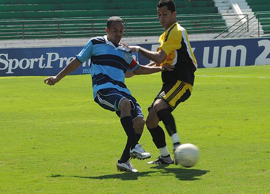 Final de Amador de Futebol tem muitos gols e público de 2 mil ... a1562b54aa376